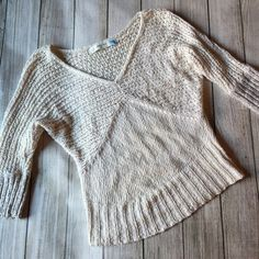 Anthropologie Sparrow Sweater Dolman sleeve sweater in oatmeal color with gray cuffs - cotton/linen - sheer knit at top - very slight pilling at sides, otherwise excellent condition Anthropologie Sweaters V-Necks