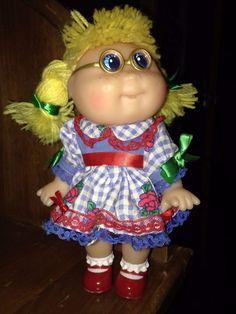 Cabbage Patch Kid Doll Blond, Blue Eyes, Glasses Mattel Copyright 1997 OAA Inc. #Mattel #Doll