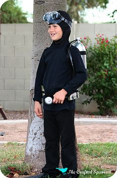 The Crafted Sparrow: DIY Scuba Diver Costume
