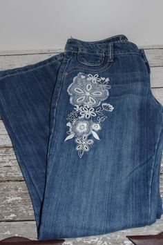 OLD NAVY Denim Boot Cut JEANS Girls Size 12 ~Flower Embroidered ~CuTe~ #OldNavy #BootCut