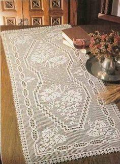 Vineleaves and Grapes filet crochet table runner - Pattern… Crochet Table Runner Pattern, Crochet Doily Patterns, Thread Crochet, Crochet Motif, Crochet Doilies, Crochet Lace, Crochet Stitches, Floral Tablecloth, Crochet Tablecloth