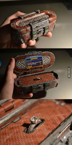 A Borderlands 2 Loot Chest Makes a Fantastic Engagement Ring Box