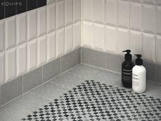 Patterned Antislip Tiles - Bathroom