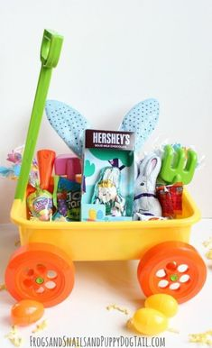 35 non candy easter basket ideas for kids basket ideas easter 20 cute homemade easter basket ideas negle Images