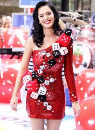 Casino dresses katy perry in red sparkly casino-inspired dress vegas. Casino Party Games, Casino Party Decorations, Casino Theme Parties, Party Themes, Party Ideas, Party Centerpieces, Casino Royale Dress, Casino Dress, Casino Outfit