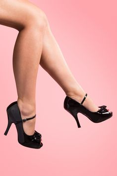 Pinup Couture - PINUP COUTURE SHOES 40s Cutiepie Peeptoe Bow Mary Jane pump Black