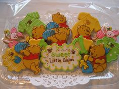 """OMG I love these """"kooh""""bear cookies. I daughter would love me forever I made these for here"""