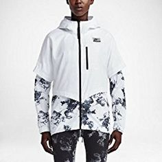 Nike International Windrunner Womens Jacket (X-Large, White) Types Of Jackets, Jackets For Women, Free Clothes, Clothes For Women, Windrunner Jacket, Athleisure Wear, Running Jacket, Sporty Outfits, Sporty Clothes