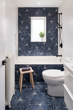 Home Interior Wood Sunnyside Townhouse by Aamp Studio.Home Interior Wood Sunnyside Townhouse by Aamp Studio Bathroom Renos, White Bathroom, Master Bathroom, Blue Bathroom Tiles, Master Baths, Ceramic Tile Bathrooms, Bathroom Niche, Boho Bathroom, Blue Tiles