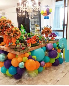 A unique and fun dessert station set up🦖💖 Ballon Decorations, Birthday Party Decorations, Birthday Parties, Birthday Cake, Die Dinos Baby, Deco Ballon, Balloons Galore, Design Room, Balloon Garland