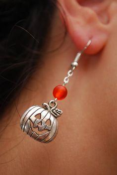Pumpkin earrings halloween earrings fall earrings by Estibela Halloween Schmuck, Halloween Beads, Halloween Jewelry, Fall Jewelry, Christmas Jewelry, Boho Jewelry, Beaded Jewelry, Jewellery, Diy Leather Earrings