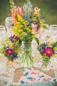 old-jar-wedding-centerpieces.jpg (550×825)