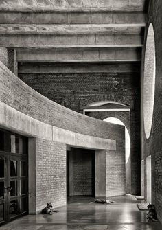 Louis Kahn, Cemal Emden · Indian Institute of Management Ahmedabad Louis Kahn Architecture, Space Architecture, School Architecture, Contemporary Architecture, Architecture Details, Classical Architecture, Zaha Hadid Architects, Modern Architects, Famous Architects