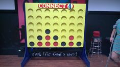 Very detailed instructions on giant connect 4