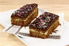 Danish Cake, Danish Food, Mini Wedding Cakes, Mini Cakes, Occasion Cakes, Sweet Cakes, Sweet Bread, Cakes And More, Christmas Treats