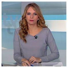 Prendas de sonlas13 que salen en TVE/Castilla-La Mancha - #sonlas13 #13 #TVE #jersey #gris #moda #TV