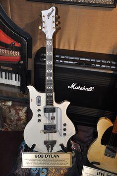Bob Dylan guitar at the Hard Rock Cafe London Vault #hardrock