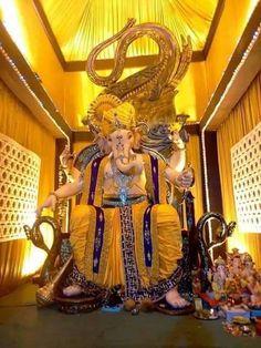 Gajanana Shri Ganaraya aadi vandu tujha Moraya Ganpati Bappa Morya!Mangal Murti Morya Happy Ganesh Chaturthi. Detail Visit:http://www.ganaraya.in