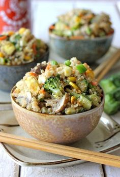 Yields 4-6 servings INGREDIENTS: 2 tablespoons olive oil, divided 2 large eggs, beaten 2 cloves garlic, minced 1 small onion, diced 8 ounces mushrooms, sliced 1 head broccoli, cut into florets 1 zu…