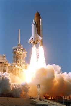 The Space Shuttle Atlantis roars upward from launch pad at Cape Canaveral, Florida, October (NASA) Hubble Space Telescope, Space And Astronomy, Nasa Space, Apollo Space Program, Airplane Fighter, Spaceship Design, Hubble Images, Today In History, Space Station