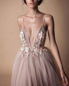 "10.4k Likes, 32 Comments - Loving Haute Couture (@lovinghautecouture) on Instagram: ""#Berta """
