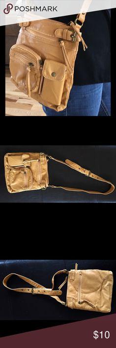 CAMEL SUEDE CROSSBODY BOHO PURSE : BAG CAMEL SUEDE CROSSBODY BOHO PURSE : BAG Hollister Bags Crossbody Bags