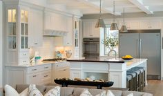 Custom Home Kitchens | Homes by Tradition