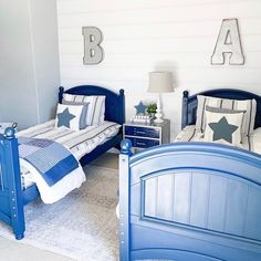 Did you hear that Farmhouse comes in ALL COTTON now?!?!  We are loving the way @nissalynninteriors used our Farmhouse Beddy's with her beautiful blue furniture and accent pieces.💙 Our all cotton version is available in all sizes AND is still available in twin, queen and king with the minky interior (sign up for restock notifications on size full)!  #zipperbedding #zipyourbed #beddys  #homedecor #boysroom  #boysroomdecor #kidsinterior  #kidsbedroom #kidsbedding #kidsdesign