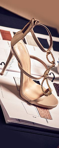 Regilla ⚜ Giuseppe Zanotti in collaboration with Jennifer Lopez