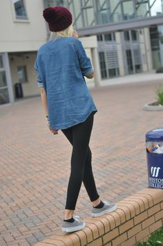 beanie, chambray, leggings, vans