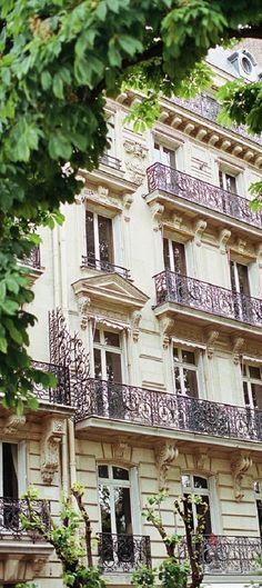 Living in Paris                                                                                                                                                                                 More