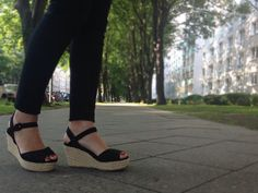 Blog de moda / Fashion blog. Cuñas esparto negras / Black wedges