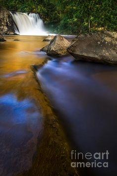 Abrrams falls