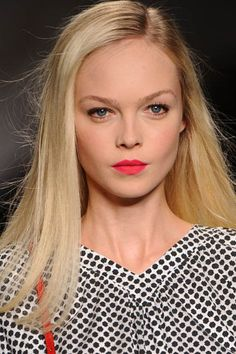 need to try a bright red lipstick! Neon Lipstick, Bright Red Lipstick, Bright Lips, Red Lipsticks, Pretty Makeup, Makeup Looks, Free Samples For Women, Lip Makeup, Lip Colors