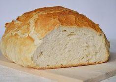 Hálás köszönet a Katica konyhája blog szerzőjének, nála találtam ugyanis ezt a csodás kenyérreceptet. Ebben az évben már harma... Torte Cake, Hungarian Recipes, Bread And Pastries, Baking And Pastry, Bread Rolls, How To Make Bread, No Bake Cake, Bread Recipes, Kenya