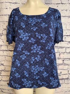 e8ae2da64bd6c First Issue Liz Claiborne Plus Size 14W 16W Blue Floral Lined Top Casual  Shirt  FirstIssue