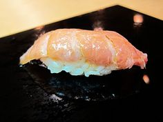 Chu-toro (Semi-Fatty Tuna)