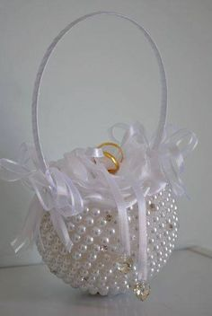 Delicate pearl ring with white flower speckled with rhinestones – My Wedding Dream Wedding Crafts, Diy Wedding, Wedding Decorations, Ring Bearer Pillows, Ring Pillows, Wedding Pillows, Ring Pillow Wedding, Box Creative, Wedding Wine Glasses