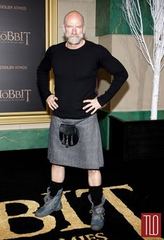 From the Hobbit premiere…Graham McTavish brings his A game! Boys Wearing Skirts, Graham Mctavish, Scottish Man, Men In Kilts, Alternative Fashion, The Hobbit, Style Guides, Beautiful Men, Sexy Men