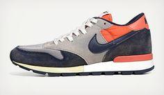 Nike Air Epic Vintage Sneakers