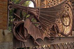 thefabulousweirdtrotters:    Dragon Gate of Gaudi - Barcelon -...