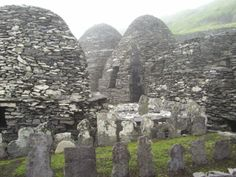 Beehive huts - Situated ten miles off the coast of Corca Dhuibhne, on the extreme south-west of Ireland, lies the UNESCO world heritage site, Sceilg Mhichíl ('Michael's Rock'). [...] It is situated at a platform 600 feet above sea level and the monastery was built in 588AD.