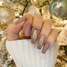 squoval nail art design inspirations ideas DIY | gel polish | glitter | nude | elegant awesome beautiful