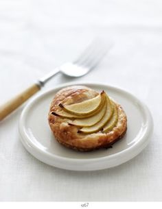 pictures and pancakes: apple tart