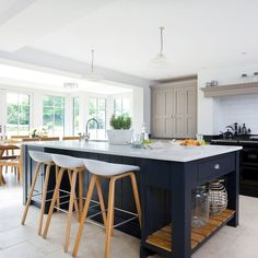 Kitchen-island-ideas-navy-and-grey