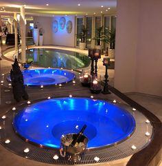 82 Best privat spa images | Bathroom modern, Toilet room, Bathroom ...