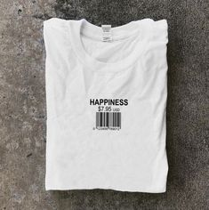 T-shirt design inspiration graphic tees simple 42 Trendy ideas T Shirt Designs, Shirt Print Design, Simple Shirts, Cool Shirts, Café Design, Design Ideas, Happy Design, Custom Design, Aesthetic T Shirts