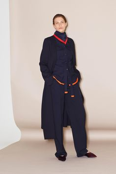 See the full Pre-Fall 2018 collection from Victoria Victoria Beckham.