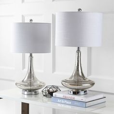 Brighten up your home with the JONATHAN Y Cecile Table Lamp - Set of 2 , boasting a dramatic teardrop-shaped base made of glass in your choice of. Lamp Shade Store, Vintage Hippie, Table Lamp Sets, Cool Floor Lamps, Mercury Glass, Drum Shade, Glass Table, Home Lighting, Chrome