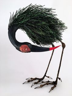Of all the creatures on the planet, perhaps no other has inspired us quite like birds; they are strong, light, beautiful, and have the freedom to go anywhere they want to go. Birds have long inspir… Wire Art Sculpture, Abstract Sculpture, Metal Sculptures, Bronze Sculpture, 3d Mode, Metal Birds, Scrap Metal Art, Found Art, Wire Crafts